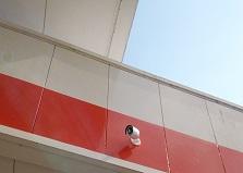 遠隔監視で便利!大竹市ガソリンスタンド防犯カメラ設置工事