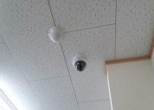 レジ不正対策に!東広島市レンタカー店舗防犯カメラ設置工事