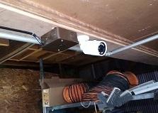 倉庫の材料を守る!福山市企業倉庫防犯カメラ設置工事