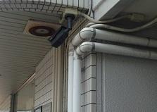 センサーライトで防犯強化!東広島市マンション防犯カメラ設置工事